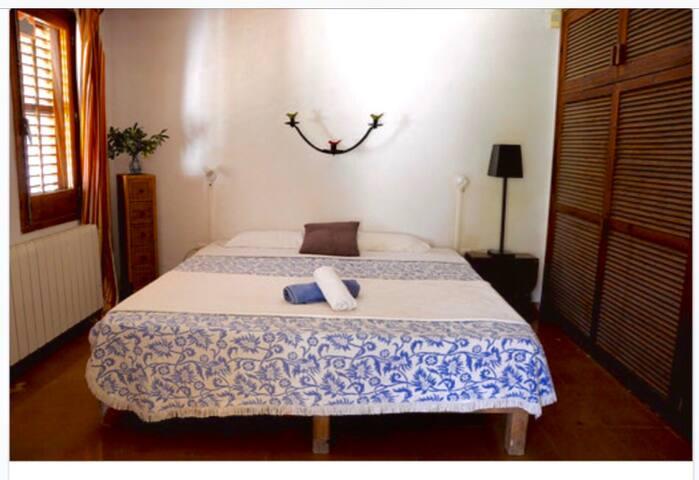 Double room in Bauhaus Villa / Hacienda