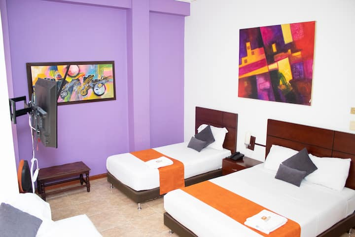 Hotel 7 21