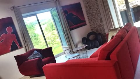 au calme, Loft Atelier d'artiste dans Mts Lyonnais