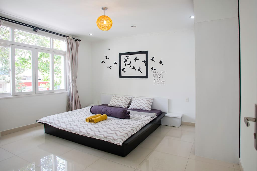 Unique feature #1: 3 spacious bedrooms with beautiful paintings that can sleep a whole big family of 6-10 pax comfortably.