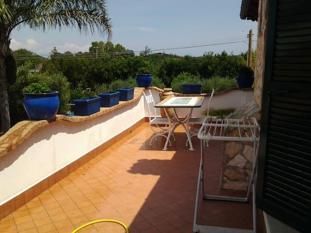 Casa molto rifinita e ben arredata per 4 persone - San felice Circeo - Rumah
