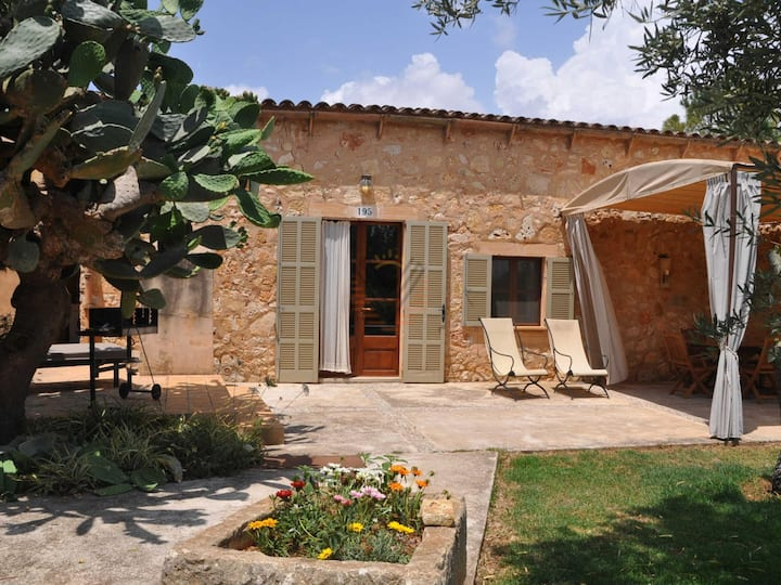 Lledoner 2, Country house in Llucmajor, Mallorca
