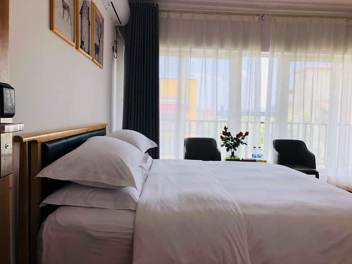 〖简·约】东江湖畔的度假别墅/景观阳台大床房3F