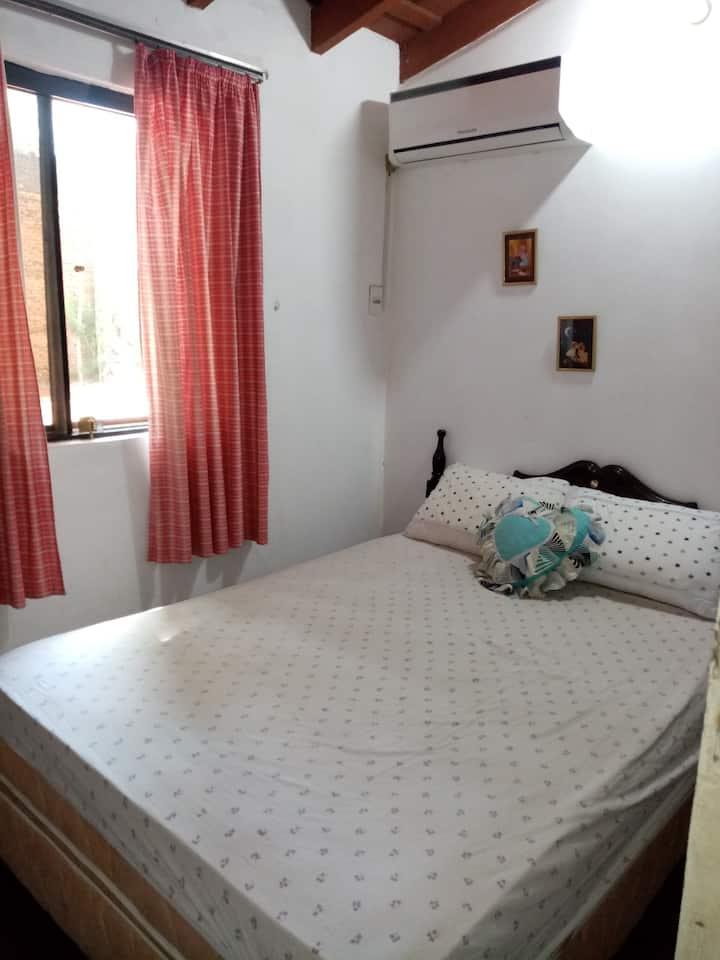 Habitacion confortable en el Centro de San Lorenzo