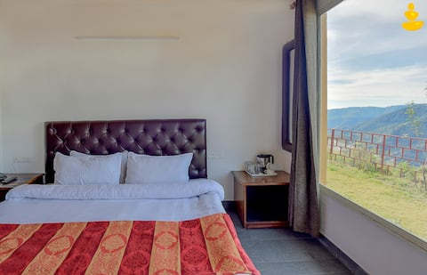 LivingStone-Eco Resort   Executive Room   Chail  