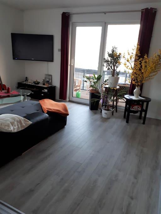 barrierefreie 3 zimmer wohnung im stadthafen apartments for rent in rostock mecklenburg. Black Bedroom Furniture Sets. Home Design Ideas