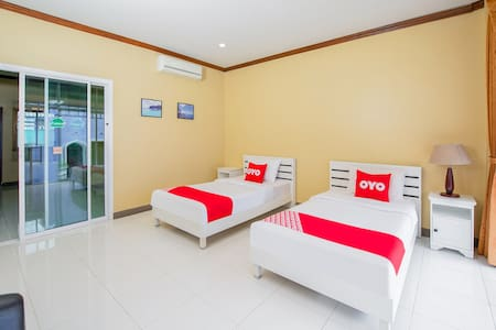 Phi Phi (Attractive discounts on long stays)