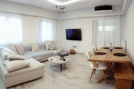 Sophisticated Minimalist Apartment in Filothei