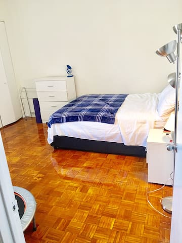 Huge Private Bedroom with closet, dressers, good lighting. $1,800 Mattress: Stearns & Foster Scarborough Luxury Plush Euro Pillow Top Queen Mattress