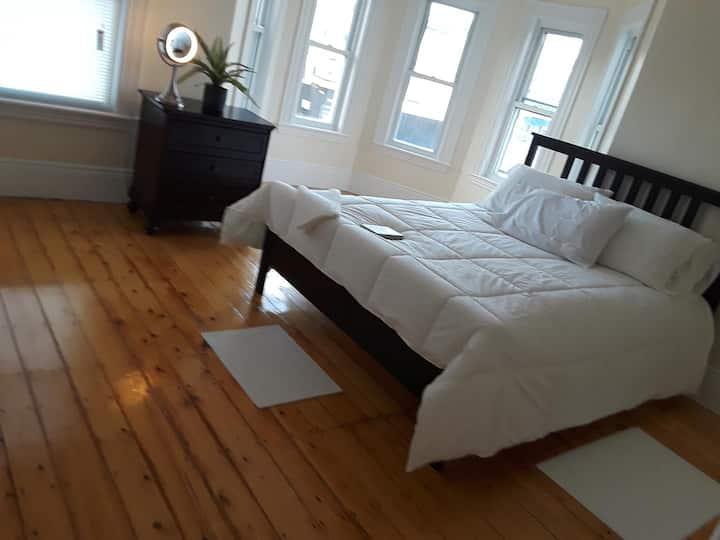 Great Room C.RkZ NT  Super Clean
