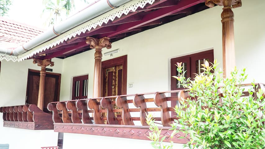 Home Stay - HERITAGE SERENITY Kerala