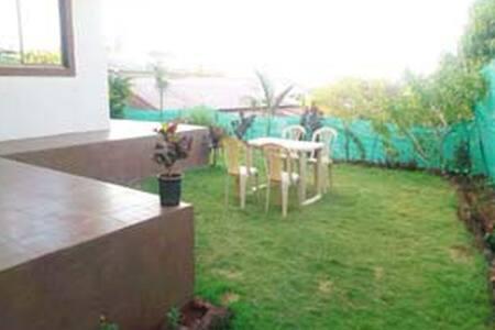 Calm serene beautiful villa - Mahabaleshwar - House