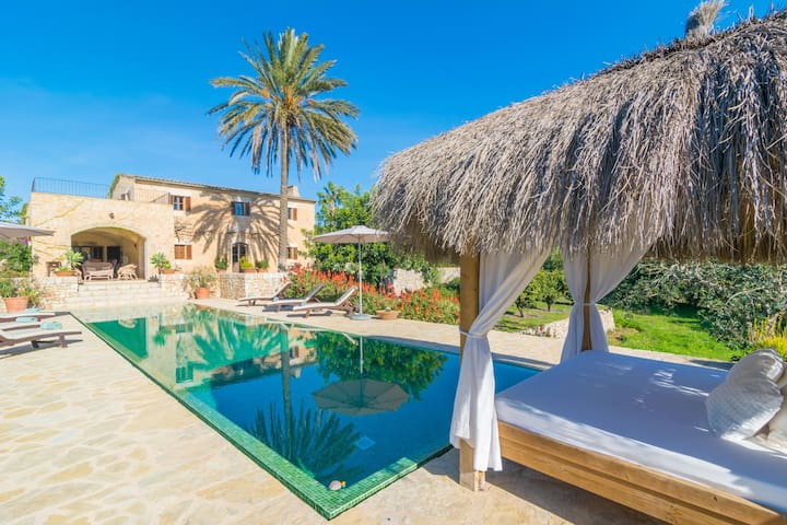 SON PUNTA - Villa with private pool in Son Prohens (Felanitx).