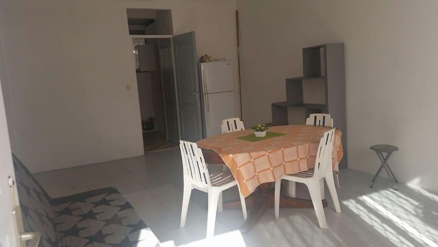 Maison au centre-ville - Saint-Esprit - Rumah
