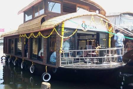 Thejas Houseboat Premium Two - Alappuzha - Barco