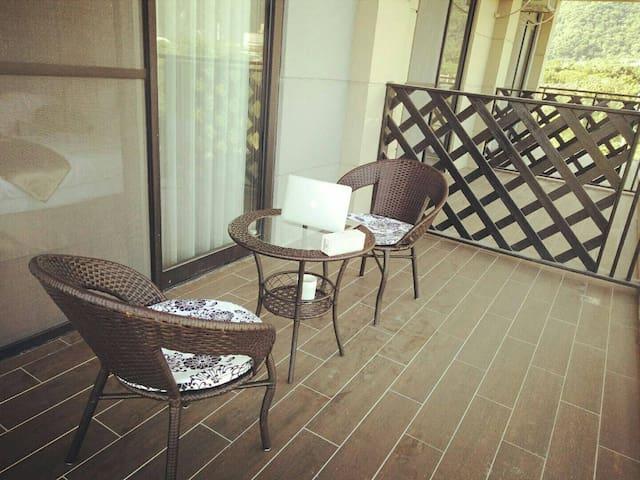 漫遊雙人房(有陽台浴缸) Luxury Twin Suite with Balcony and Bathtub