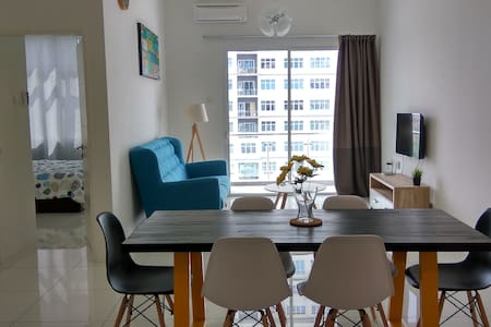 Cozy apartment @ Puchong SKY.POD IOI SUNWAY 蒲种民宿 - プチョン