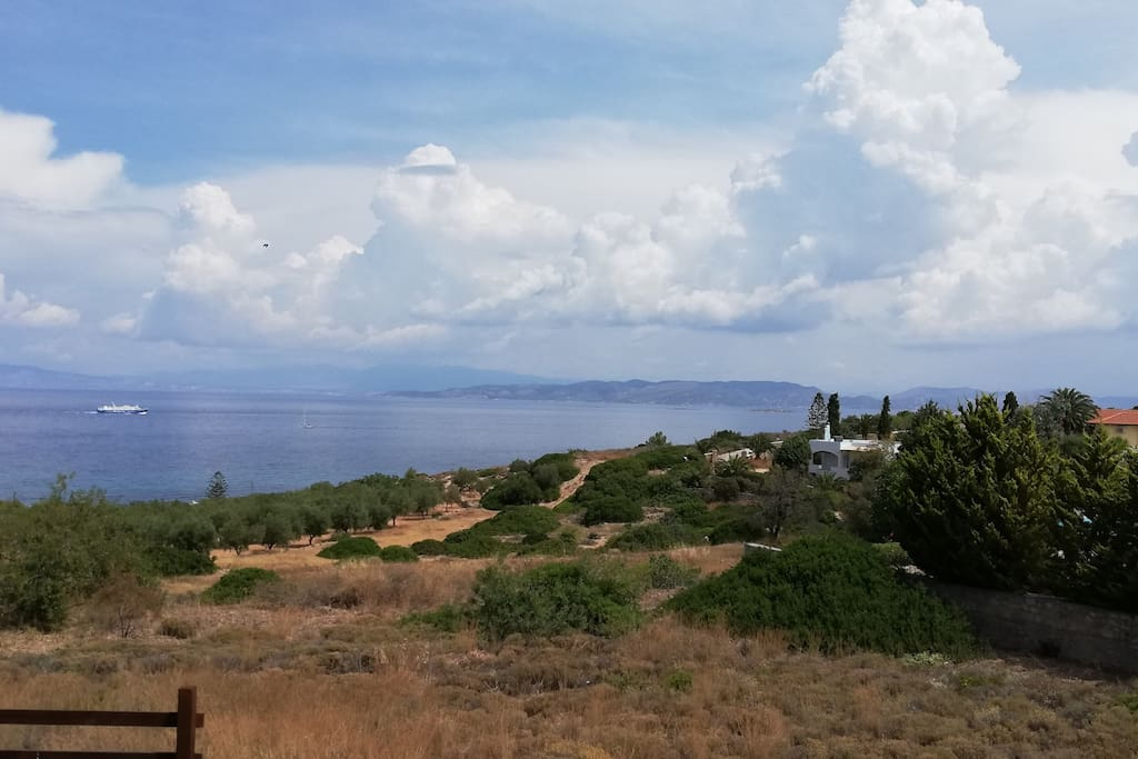 Υπέροχη θέα!!  The view from our veranda!
