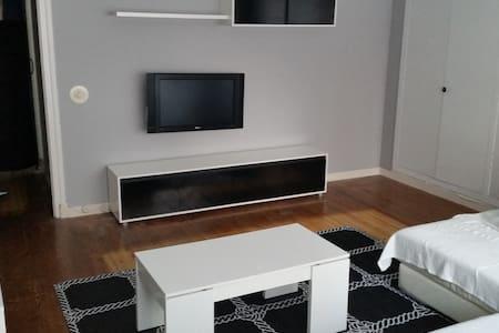 Amplio y centrico piso en Santoña. - Santoña