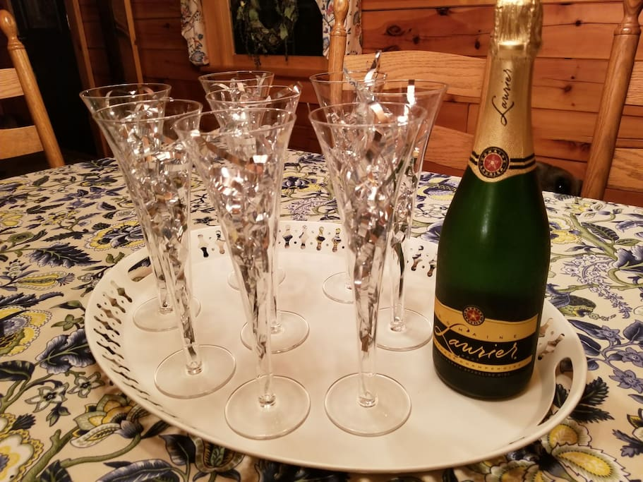 Complimentary champagne for the New Years Booking