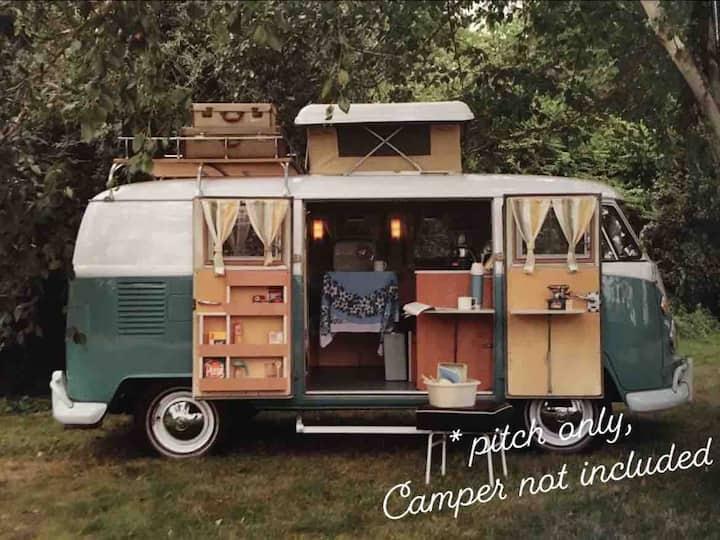Single private camper van pitch