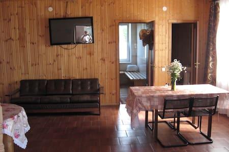 Дом на 4 + 2 чел. в городе - Sortavala - Ev