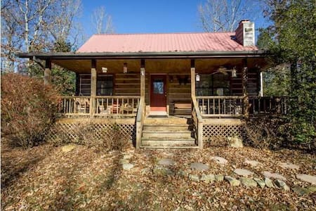 Piney Creek Cabins.  A quiet, peaceful get away. - Spencer - Kulübe