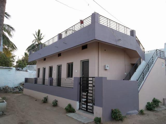 Sarovar Homestay in Anegundi managed by Murali