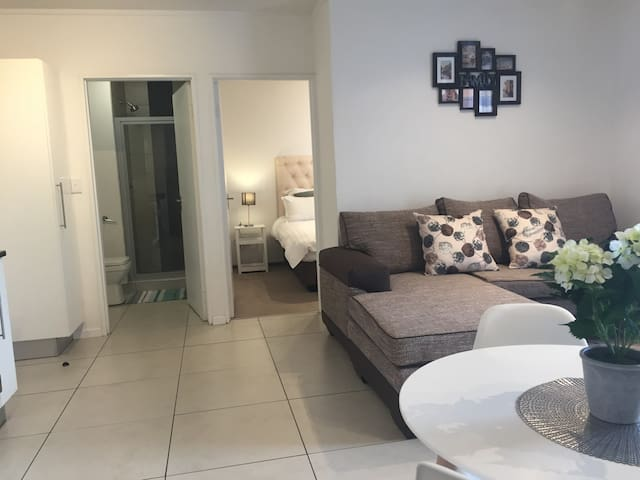 Luxury Self-Catering Apartment @CityJunction