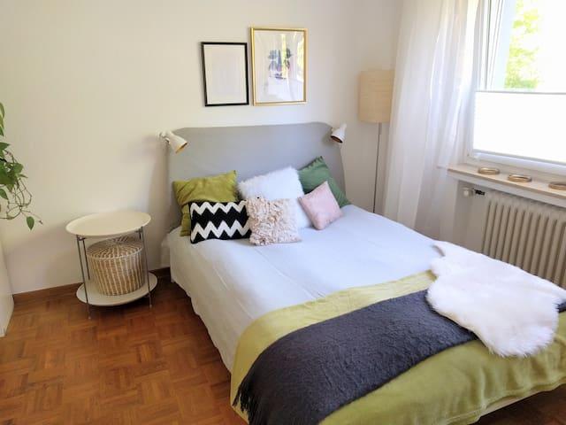Gemütliche kleine Wohnung - zentral und sehr ruhig