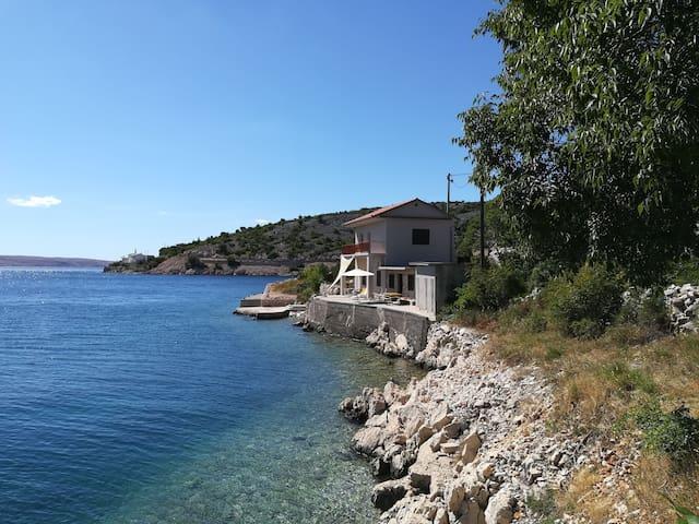 Sea house Veronika