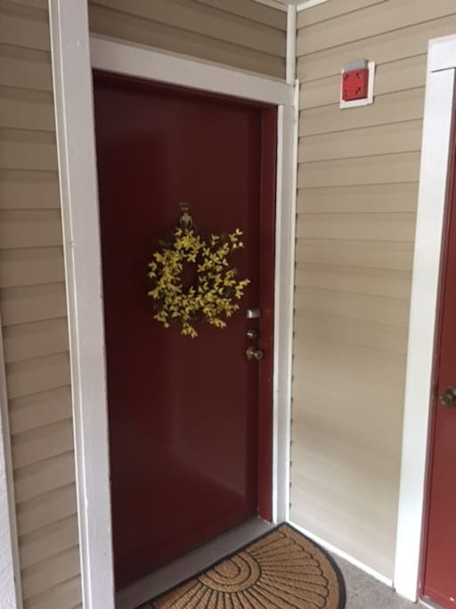Front door -- WELCOME GUESTS!