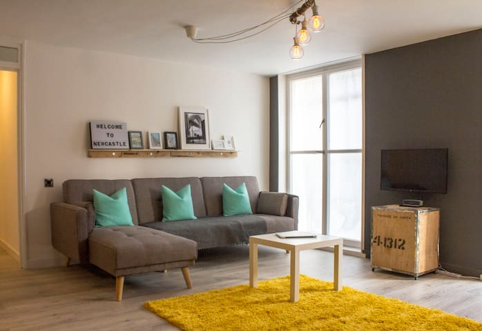 Newcastle Central Station Apartment