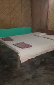 private room very close to beach - Havelock Island