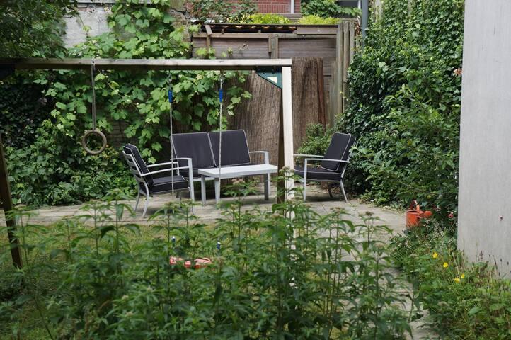 Nice garden with sun terrace