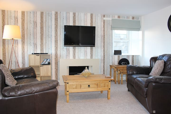 Poppys Cottage - a charming seafront cottage