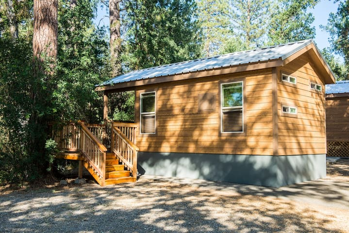 Brand New Yosemite Tiny House A - Ahwahnee - Srub