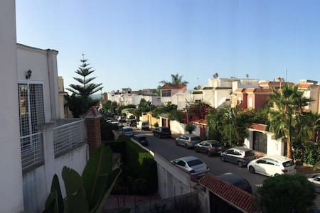 MAGNIFIQUE VILLA A 50M DE LA PLAGE - Mohammedia
