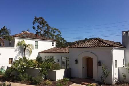Private Villa -Studio/In-Law- Retreat - Santa Barbara - Villa