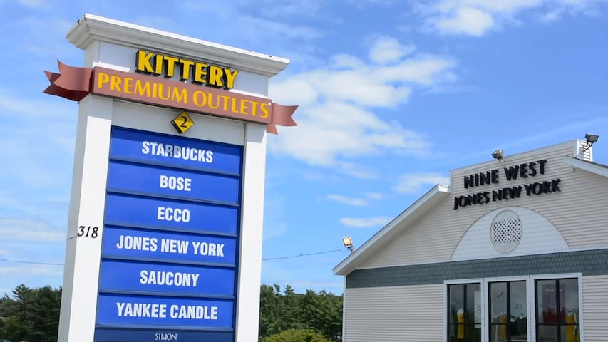 Kittery Premium outlets with over 120 stores is only 20 minutes away