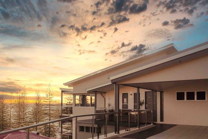 BAY PROPERTIES | Yamba Sunsets