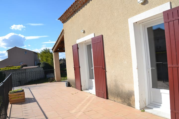 Idéal pour découvrir la Provence - Verquiéres