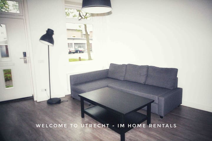 Spacious, fully equipped Utrecht city apartment