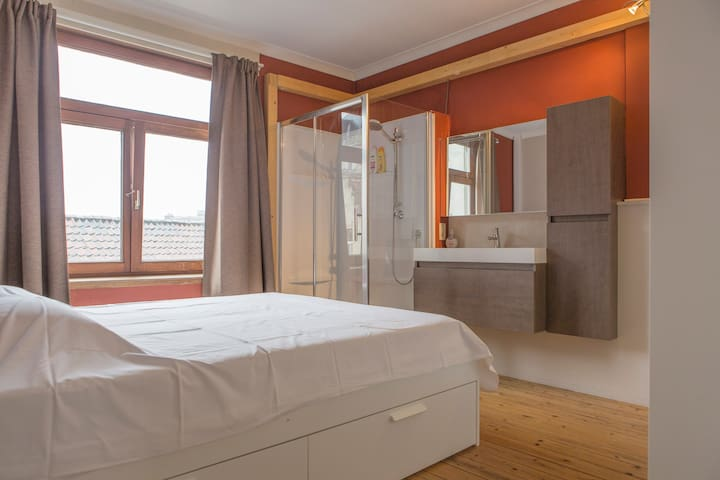 Comfy apartment in classified old center house - Gent - Apartemen