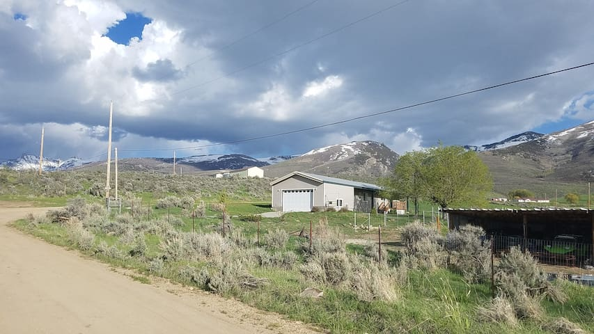 Lamoille Cottage at the Rubies 2 bedroom +
