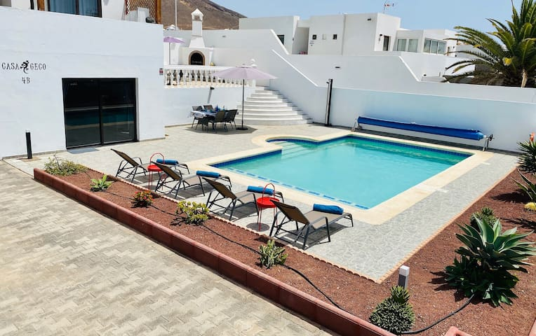 CASA GECO - spacious apartment with private pool