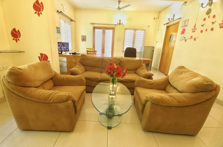 3 BHK Serviced Apartment, near Nandanam Metro
