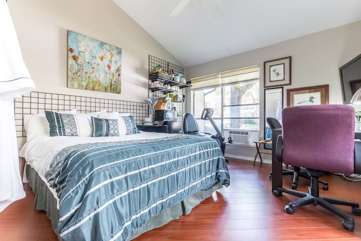 Quiet & Private-Arlington. Close to UTA/Stadiums. - Arlington