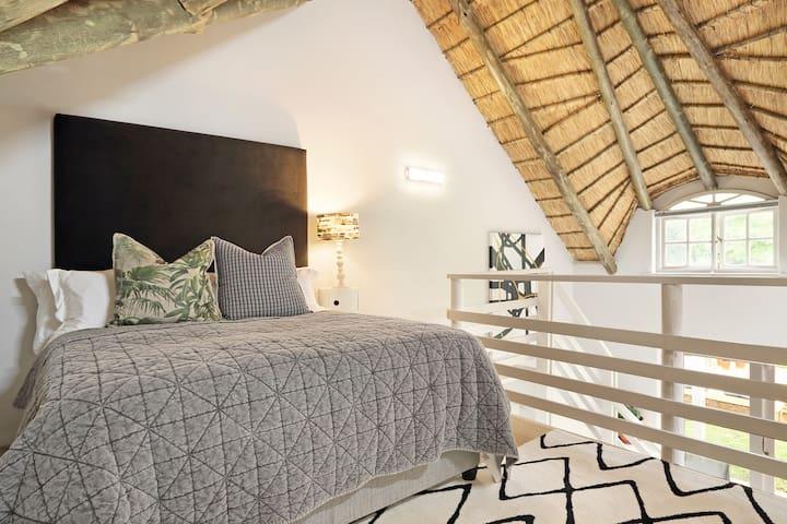 Loft Bedroom 2 en suite