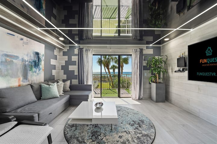 The Summit 231 - Corner of Paradise Overlooking Gulf Of Mexico, Completely Remodeled Condo